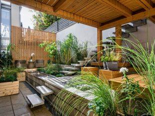 terraza césped artificial